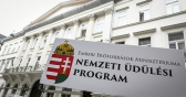 National Holiday Program: Not Only Fidesz Hotel Owners Should Benefit from Taxpayers' Money!